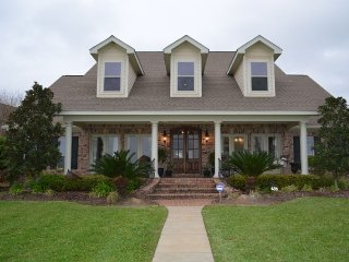 Gorgeous Waterfront Bed and Breakfast, Ocean Springs