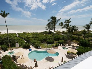 Hurricane House... Right On The Gulf Of Mexico, Sanibel