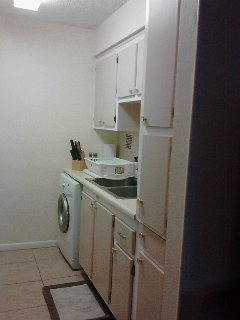 Fully equipped kitchen. Washer/dryer included
