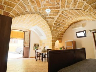 Holiday apartment on the ground floor air conditioned at Parabita in Salento