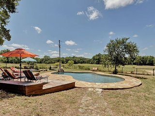 Wide Open Spaces: Country Home w/ Waterfall, Swimming Pool, Guest House, Bee Cave