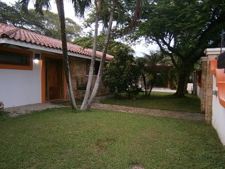 Luxory villa almost front of the ocean 5 bedrooms, Playa Samara