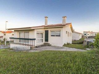 Casa da Clarabóia, moradia à beira-mar/ maison au bord de la mer au Nord