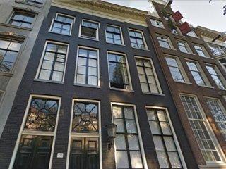 SUPER location 1 bedroom canal apartment., Ámsterdam