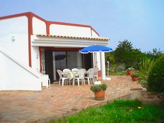 Villa Susana ~ Sleeps 6 ~ Air Con & Wi-Fi Incl, Sao Bartolomeu de Messines