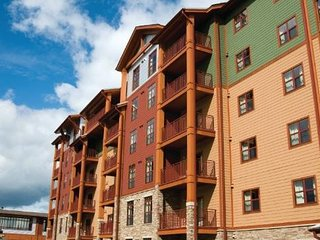 Majestic Condo at Wyndham Great Smokies Lodge, Sevierville