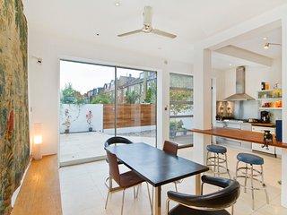 Clapham Westside contemporary house, London