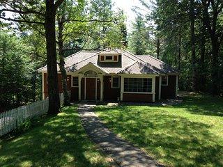 Historic Juniper Cottage at Lake Placid Club