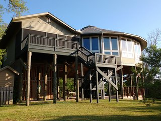Beautiful house overlooking the Wolf River Marsh