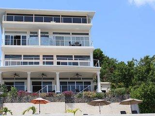 Beachfront - The Conch Shell Suite, Playa Coronado