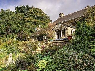 PK432 Cottage in Aston