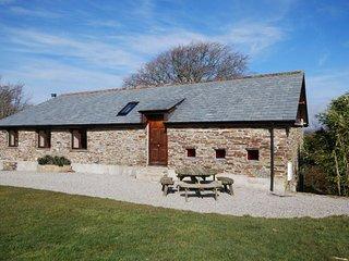 WHITR Barn in Launceston, Fowley Cross