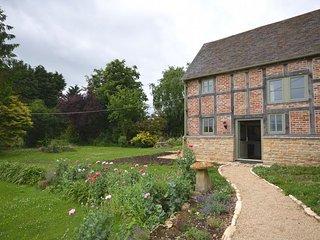 GOSHE Cottage in Tewkesbury, Bredons Hardwick