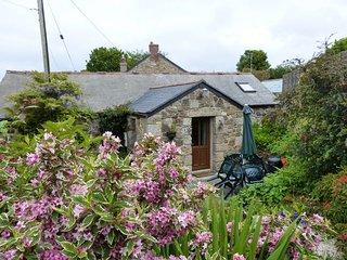 LRIVI Barn in St Ives, St Hilary