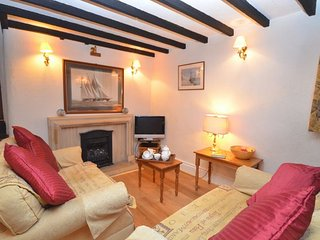 SAILL Cottage in Appledore, Saunton