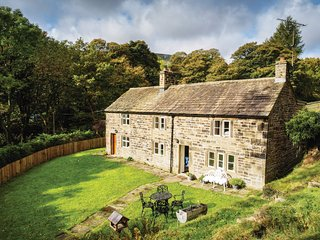 PK921 Cottage in Edale, Hathersage