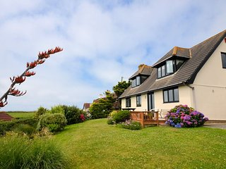 PENMO House in Widemouth Bay, Bude