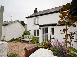 HOOPE Cottage in Beaford, Winkleigh