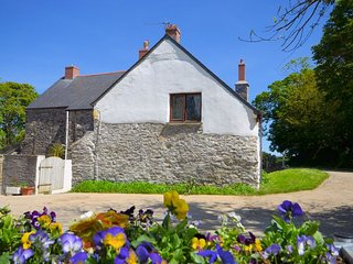 MUDGE Cottage in Helston, Coverack