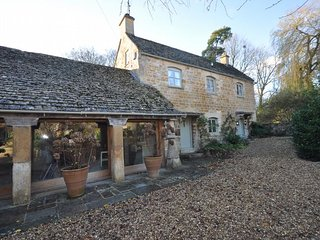 41305 Cottage in Stow-on-the-W, Longborough