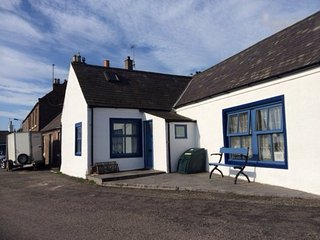 AN48M Cottage in Montrose, Johnshaven
