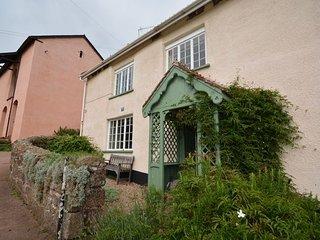 HUXLE House in Kenn, Ideford