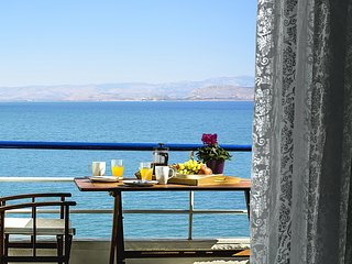 Waterfront 1 Bedroom apartment, near Nafplion!!!