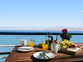 Waterfront Studio Apartment, near Nafplion!!!