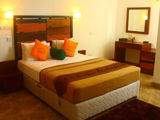 Olympus Plaza Double B&B room with amazing views, Haputale