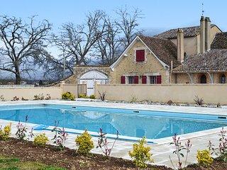 Spacious villa at 13km from Bergerac, Gardonne