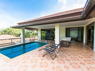 5 BDR Luxury Sea View Pool Villa (V4) at Chalong