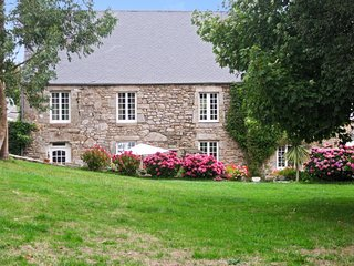 Quaint house in Normandy with garden, Bretteville