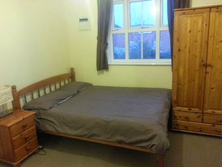 Spacious double bedroom in the east end of London
