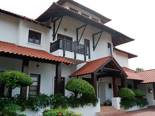 Luxury Pool Villa, with golf, in Malacca