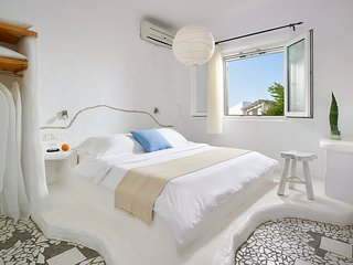 Cycladic 2Bedroom Apartment, Pollonia