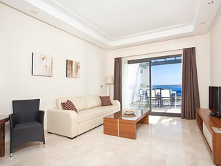 Resort 4**** Apartment Seaview in Estepona