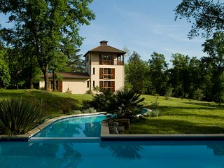 Luxury Secluded & More!, Viella