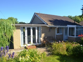 5-STAR LUXURY BUNGALOW SEASIDE BENLLECH, ANGLESEY., Benllech