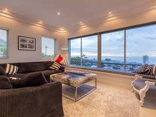 Panoramic sea view of Sea Point and mountainscape, Fresnaye