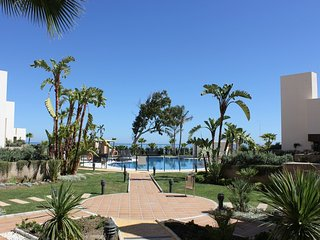 Luxury 2 Bedroom Apt Front Line Beach Estepona, Marbella