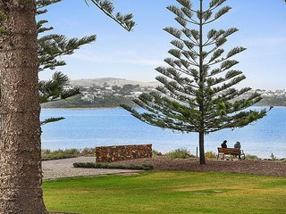 4 The Breeze - Victor Harbor