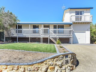 28 Hazel Street - Panoramic Sea Views in a Quiet Location, Goolwa
