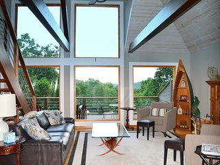 Contemporary Mountain Retreat, Big Canoe