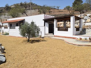Casa Caballo - 5 minute walk to Andalucian village, Lubrin