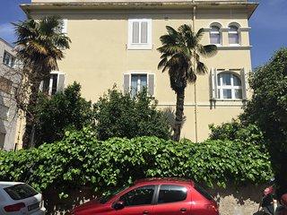 Apartment Signorina Leticia close to city centre