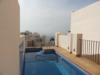 Magnificent Penthouse With Private Pool Beach Line, Estepona