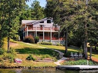 Beautiful Lake Property Home With Gorgeous Sunsets, Eatonton