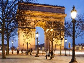 Superbe studio proche Champs Elysées, Etoile