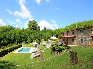 Villa Tuscany-near Lucca with Pool only for you!!
