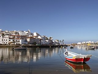 Charming 2 bedroom cottage in Ferragudo